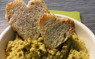 Hummus piselli