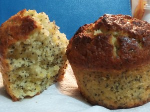 Lemon poppy seeds muffins