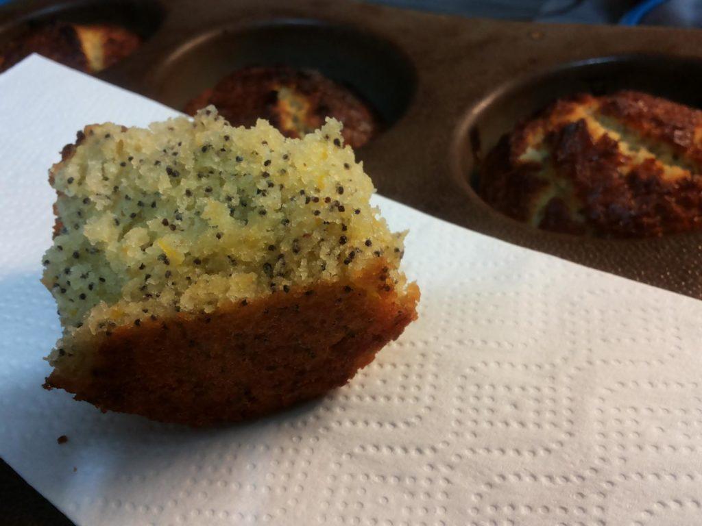 Lemon poppy seads muffins
