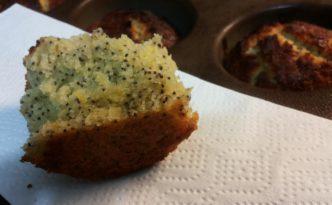 Lemon poppyseads muffins