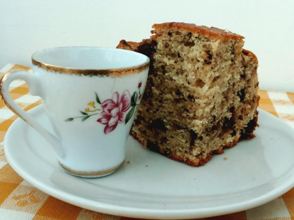 Fetta di torta al mascarpone e doppio cioccolato