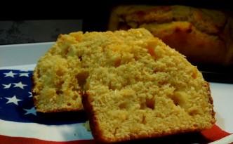 Corn bread - pane americano con farina e chicci di mais