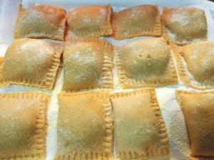 tortelli di zucca alla mantovana con ripieno di zucca, amaretti e mostarda mantovana da