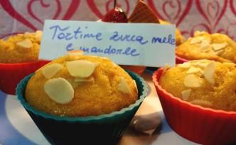 Tortine mignon con mela zucca e mandorle