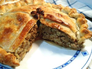 Australian spicy meat pie