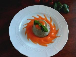 tortino di melanzane con maionese di pomodoro pachino IGP