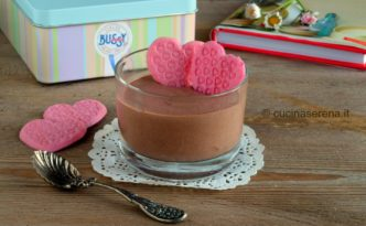 Mousse al cacao con bailyes