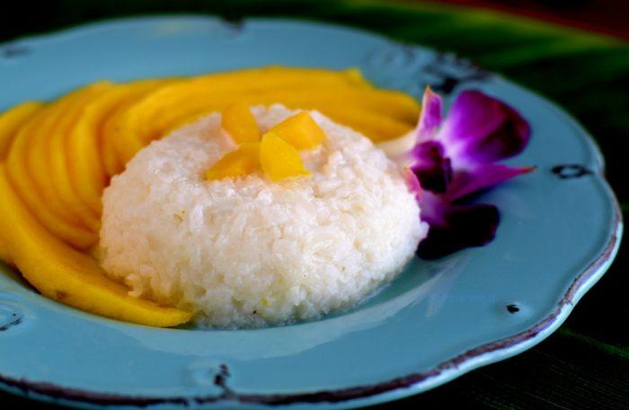 dolce tailandese con riso glutinoso