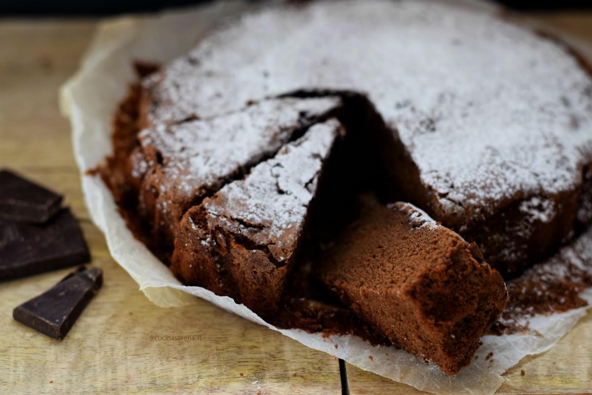 Torta al cioccolato tipica del ferrarese