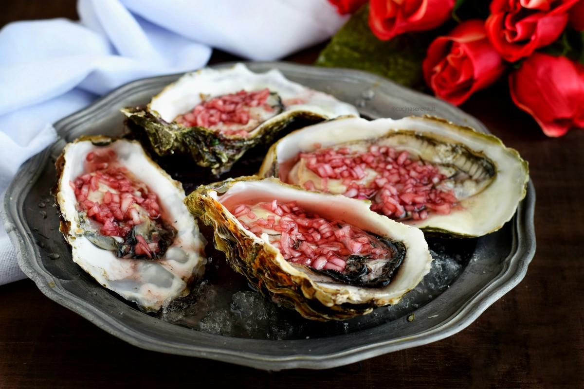 ostriche mignonette food photography -  proposta per il menù di capodanno