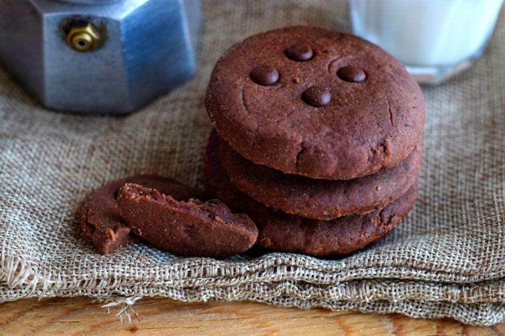 Biscotti al cioccolato al microonde - microwave chocolate cookie
