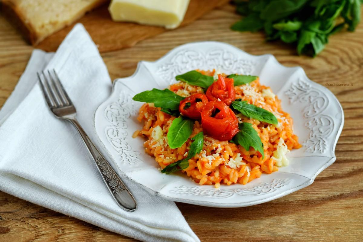 Il risotto peperoni e rucola con formaggio tipo caciotta e pecorini stagionato
