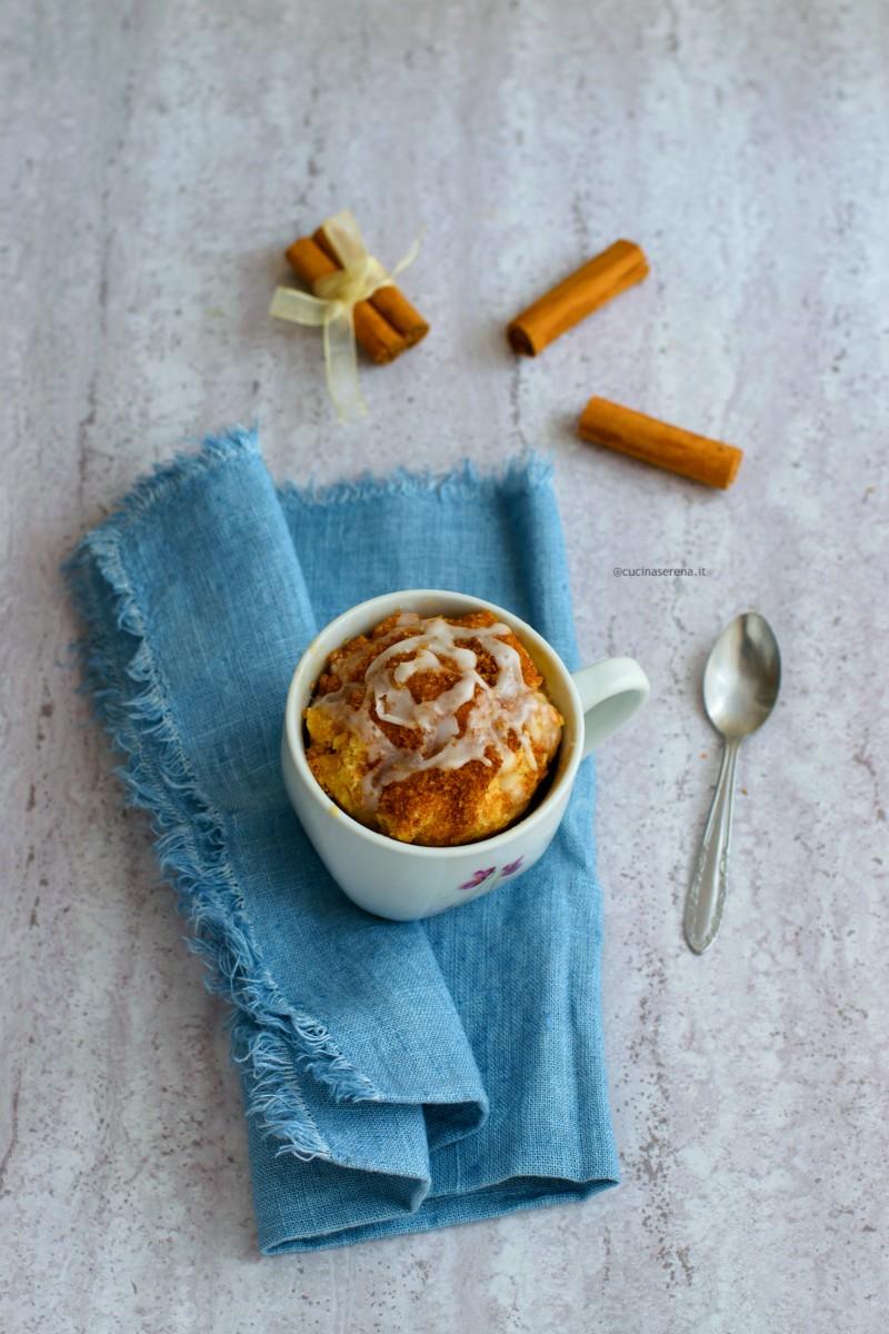 Torta in tazza al microonde alla cannella ricetta per la rivista Fior Fiore in Cucina di Gennaio 2020