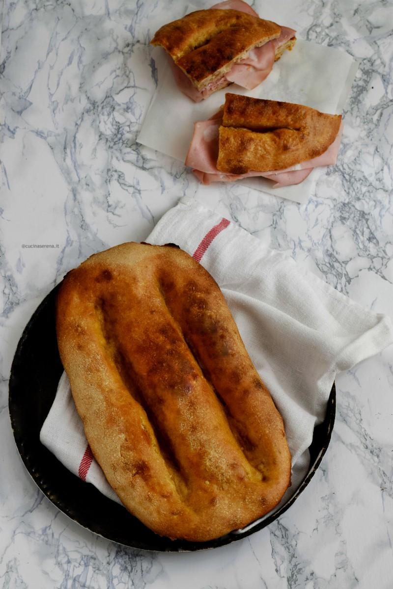 Fàlia di Priverno, un lievitato salato nè pane nèm pizza tipico del Lazio