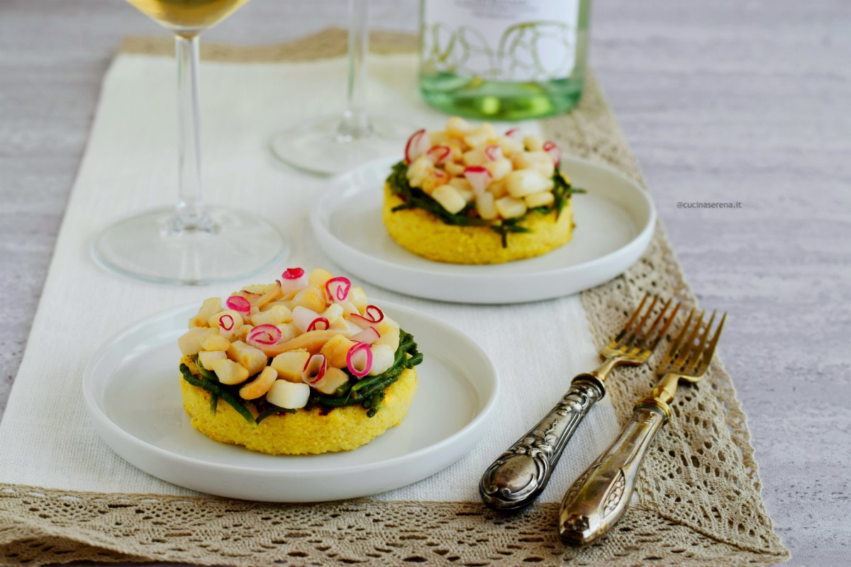 Tortino di polenta grigliata con calamari affogati al vino e salicornia veneta