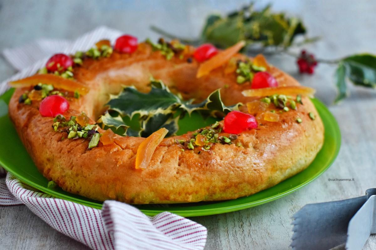ricetta natalizia siciliana a forma di ciambella con canditi  e frutta secca