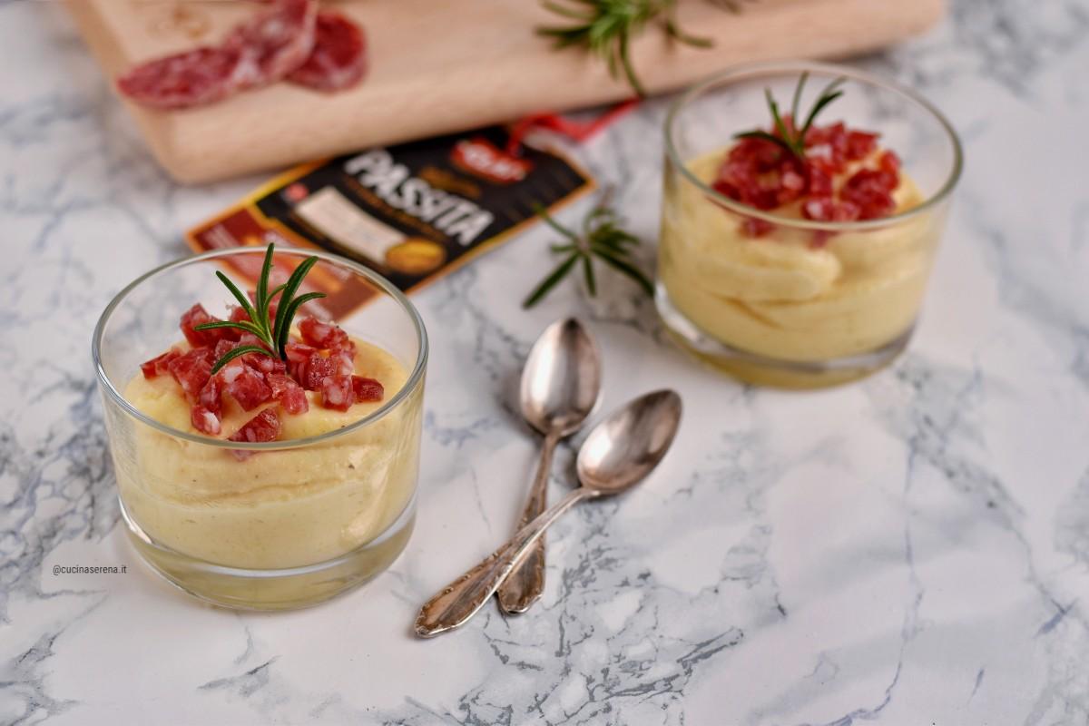 Crema di polenta al latte al profumo di rosmarino con coriandoli di salsiccia passita Clai